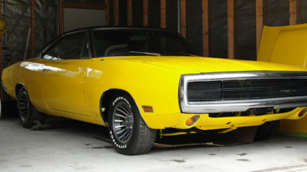 ebay pick of the week – yee ha! a banana yellow '70 charger for