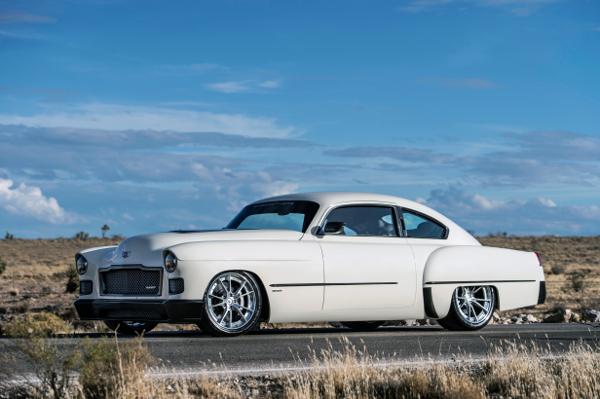 Ring Brothers Madam V 1948 Cadillac