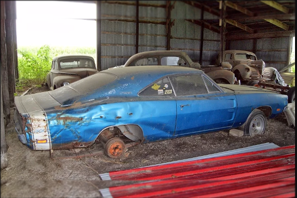 Charger 500 - spotted by Ryan Brutt - Auto Archeology